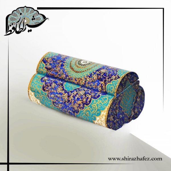 جعبه استخوان شتر سه درب ، تهیه شده از استخوان شتر ونگارگری. خرید آنلاین صنایع دستی چوبی در فروشگاه آنلاین صنایع دستی شیراز حافظ . عرضه کننده محصولات استخوانی