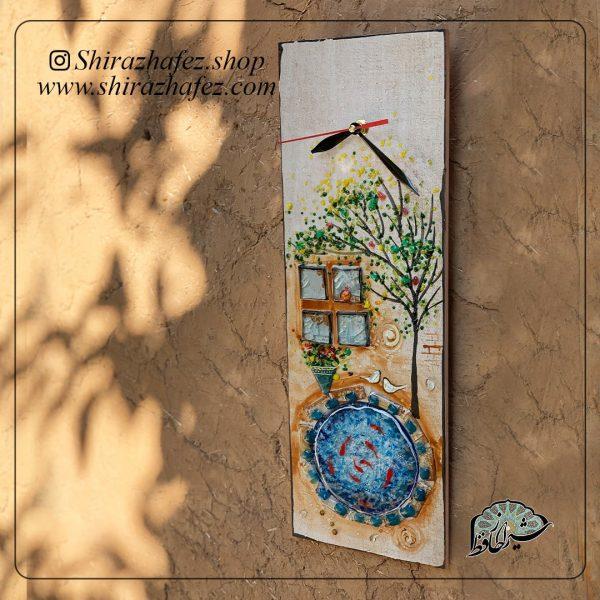 ساعت دیواری هم جوشی، محصولی فانتزی و زیبا از صنایع دستی ایران که از هنر همجوشی شیشه پدید آمده است .ساعت دیواری هم جوشی شیشه از شکل دهی و رنگ آمیزی